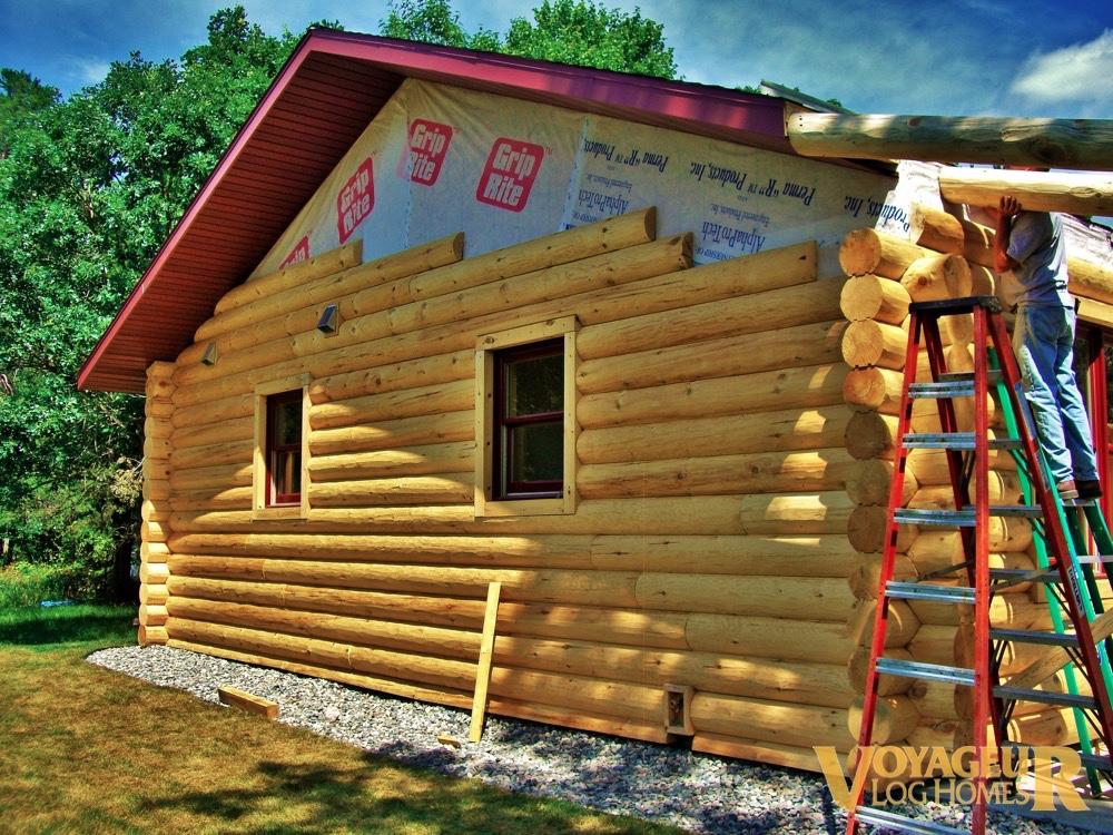 Gallery half log voyageur log homes for House plans round home design